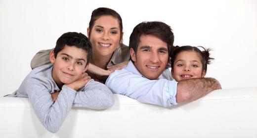 האם אתם הורים מגוננים?