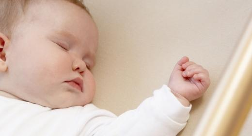 לילות של שינה רגועה לתינוק ולמשפחה