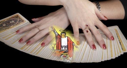 משמעות קלפי טארוט: קלף הקוסם