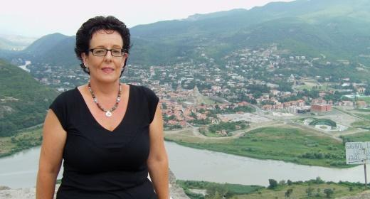 רינת חנוכייב