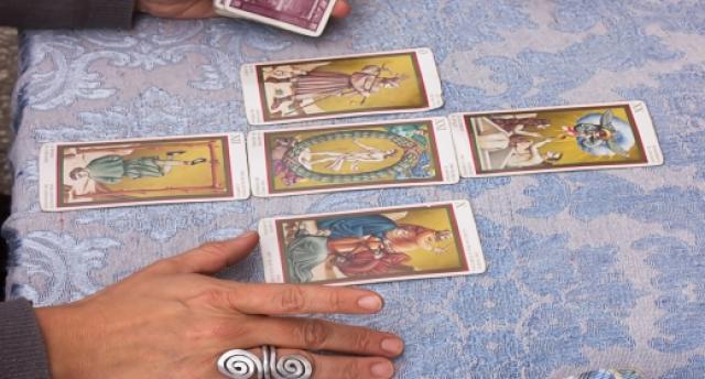 מדריך לקוראי קלפים מתחילים